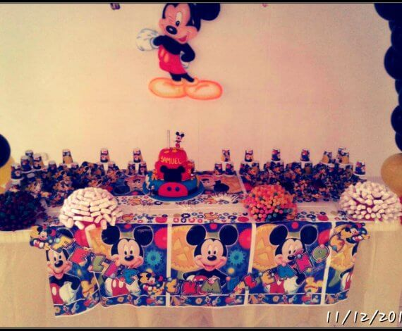 Decoracion Mickey mesa principal