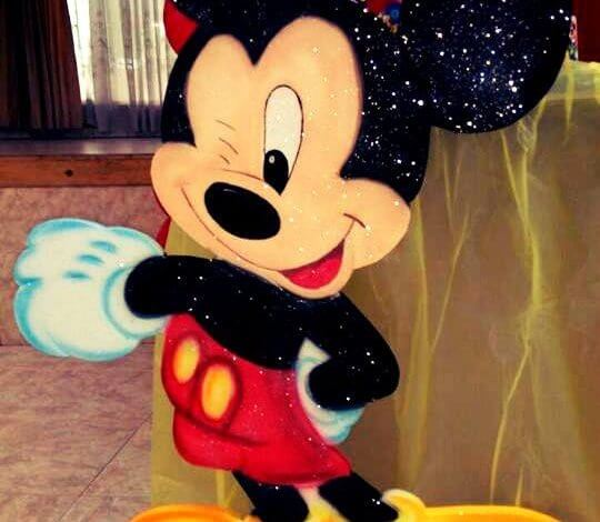 Aplique e icopor Mickey Mouse