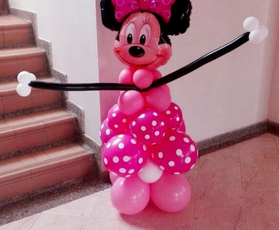 Minnie Mouse en globos